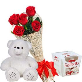 "Мишка с букетом роз и ""Raffaello"" фото"
