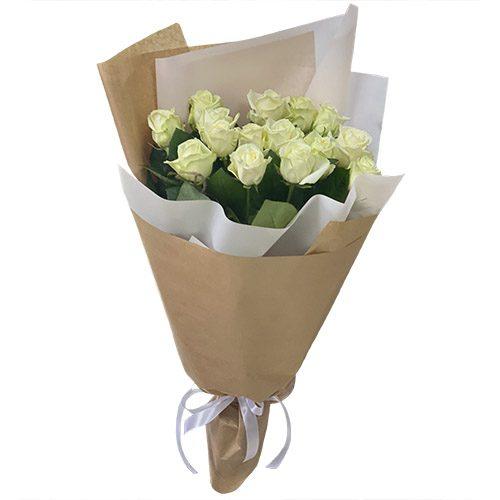 букет 15 белых роз